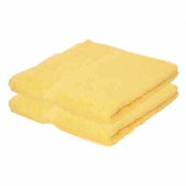 2x badkamer/douche handdoeken geel 50 x 90 cm prijs