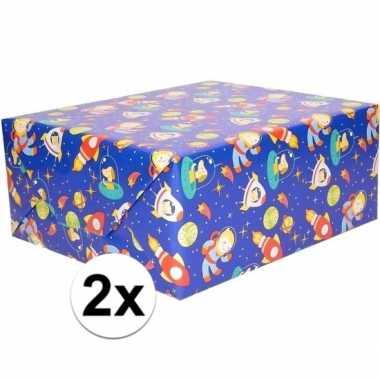 2x cadeaupapier blauw ruimte thema 200 x 70 cm prijs