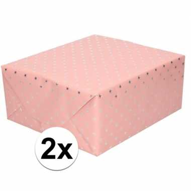 2x cadeaupapier holografisch roze met zilveren sterretjes print 150 c