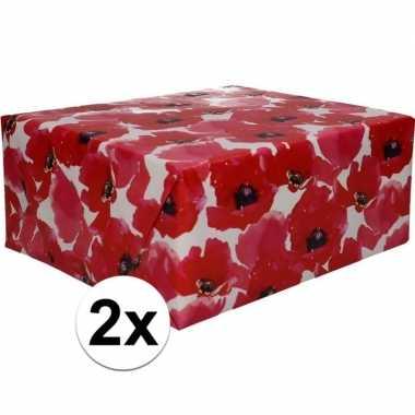 2x cadeaupapier met rode bloemen 70 x 200 cm type 5 prijs