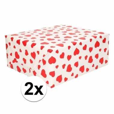 2x cadeaupapier met rode hartjes opdruk 70 x 200 cm prijs