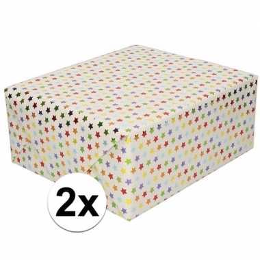2x cadeaupapier metallic gekleurde sterretjes print 150 cm per rol pr