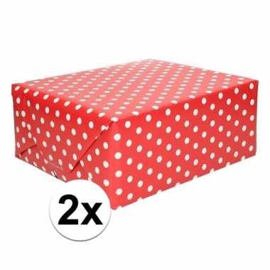 2x rood cadeaupapier met witte stip 70 x 200 cm prijs