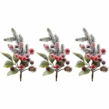 3x kerststukje instekertjes met bessen en sneeuw groen/rood 20 cm pri