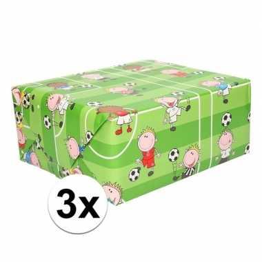3x voetbal cadeaupapier 70 x 200 cm prijs
