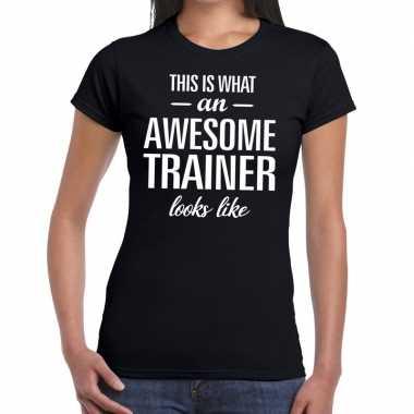 Awesome trainer kado t-shirt zwart voor dames prijs