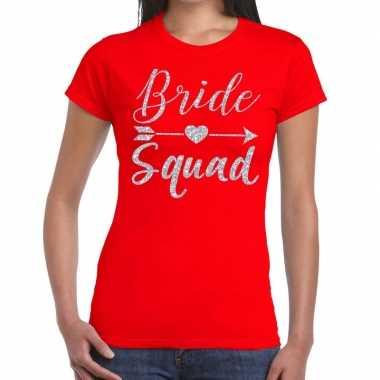Bride squad zilveren letters fun t-shirt rood voor dames prijs