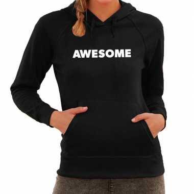 Hooded sweater zwart met awesome bedrukking voor dames prijs