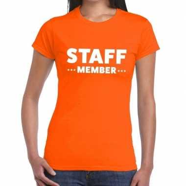 Personeel t-shirt oranje met staff member bedrukking voor dames prijs