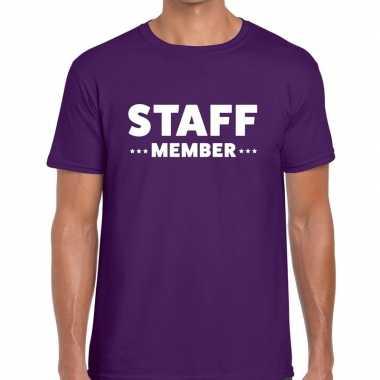 Personeel t-shirt paars met staff member bedrukking voor heren prijs