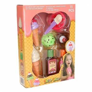 Plastic speelset ijsjes 11 stuks prijs
