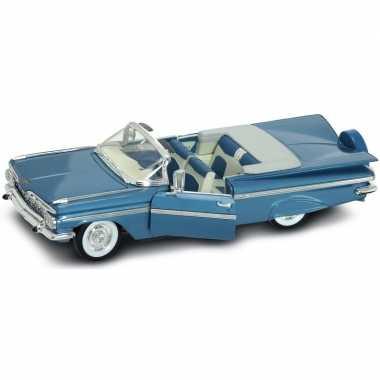 Schaalmodel chevrolet impala 1956 1:18 prijs
