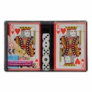 Speelkaarten en dobbelstenen set prijs