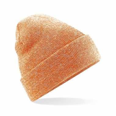 Warme gebreide muts in het oranje gemeleerd prijs