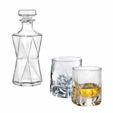 Whiskeyset bestaande uit 1 whiskey karaf en 2 glazen prijs