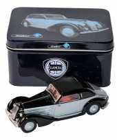 Vergelijk zwart zilveren lancia astura 1934 modelauto 1 43 prijs